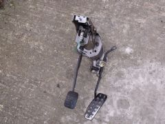 MAZDA MX5 EUNOS (MK2 1998 - 2005)  PEDAL ASSEMBLY - BRAKE AND ACCELERATOR